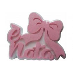 Festone Polistirolo è Nata con Fiocco glitterato 38x26x5cm