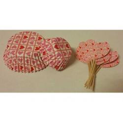 Set 24 cupcake fantasia con 24 bandierine cuoricino rosa