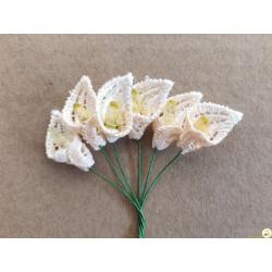 6 Fiori di Calle in pizzo merlettato macramè crema 2 cm