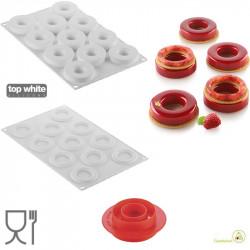Kit mini Ciambelle 6 cm Loop 32 di 2 stampi in silicone con tagliapasta da Silikomart