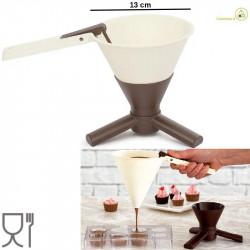 Colino dosatore a forma di Imbuto diametro 13 cm con base per creme e cioccolato da Decora