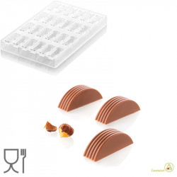 CH004 Riga P: Stampo in Tritan per 24 Praline di Cioccolato con decoro a righe da Silikomart