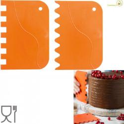 Set 2 Tarocchi ondulati a pettine o spatole ondulate a pettine o raschia multiuso in plastica arancione da Decora
