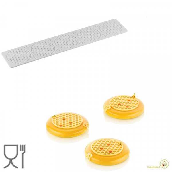 Alvéolé 3 tappeto in silicone decoro da 7,5 cm per tortine a trama Alveare da Silikomart