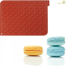 Tappeto in silicone per 24 macarons da 4 cm da Silikomart MAC01