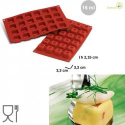 Stampo Small Square Savarin o mini savarin quadrati 3,3 cm in silicone di Silikomart